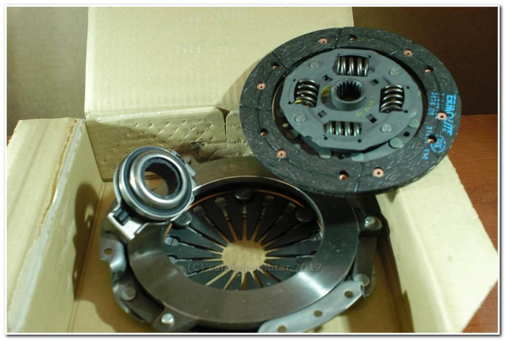 618047806 Embrague Luk FIAT REGATA 1983-1989 138A B81-5
